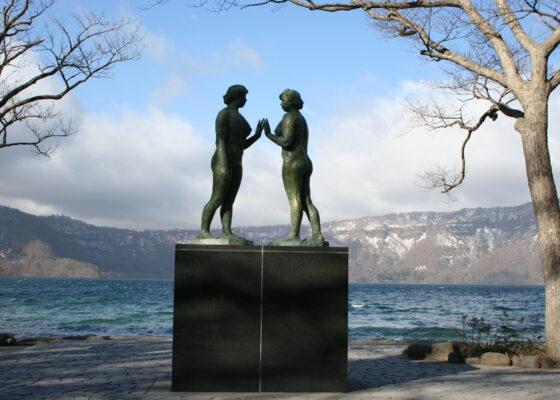 彫刻家・詩人、高村光太郎の作品・評価とは。代表作「乙女の像」に最愛の人の姿を刻む