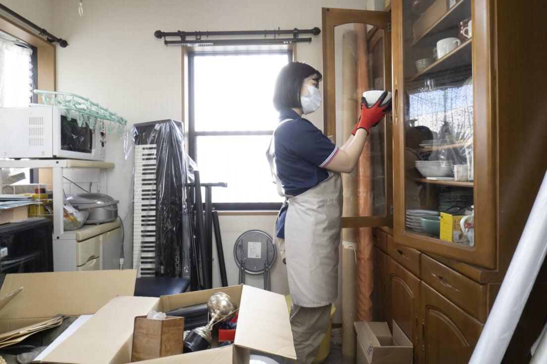 素材別に解説。一般的な食器の捨て方とは?