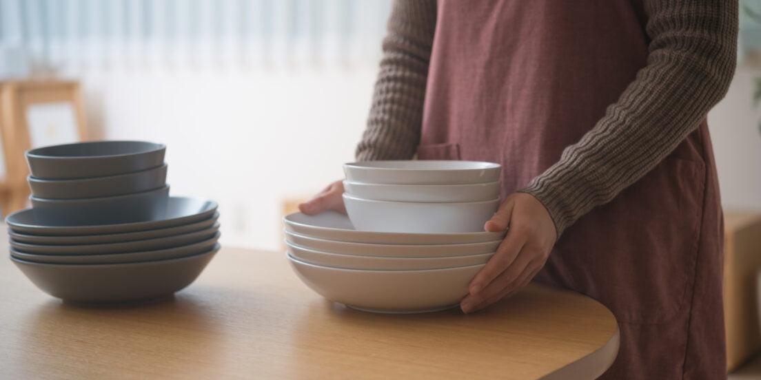 食器の捨て方を解説!価値のわからない陶器やガラス食器は査定もおすすめ
