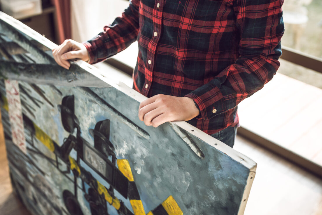 絵画を捨てるのはデメリットが多い?