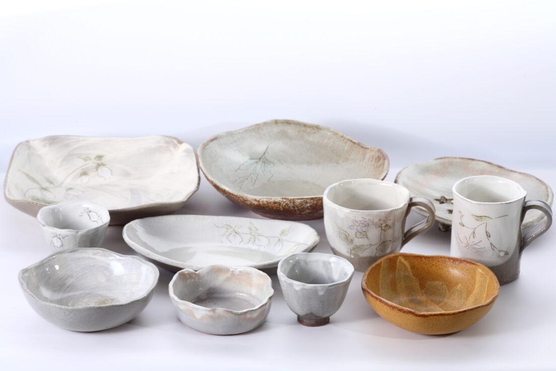 人間国宝に認定された陶芸家、島岡達三の評価