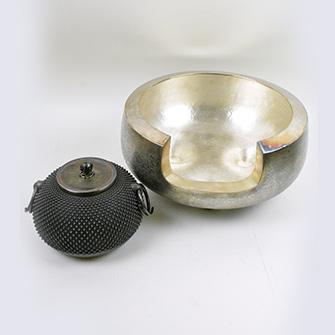 平田宗道作 純銀製霰打出茶釜 純銀風炉
