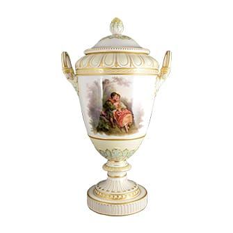 花文飾り壷