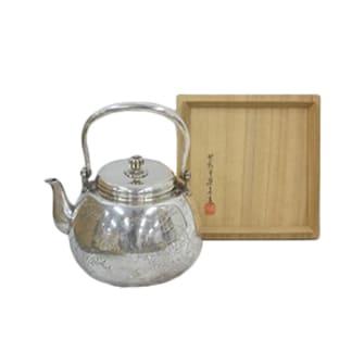 南鐐寶珠式草花彫湯沸