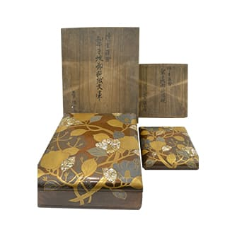 椿ニ枩蒔絵螺鈿文庫 梨地硯箱